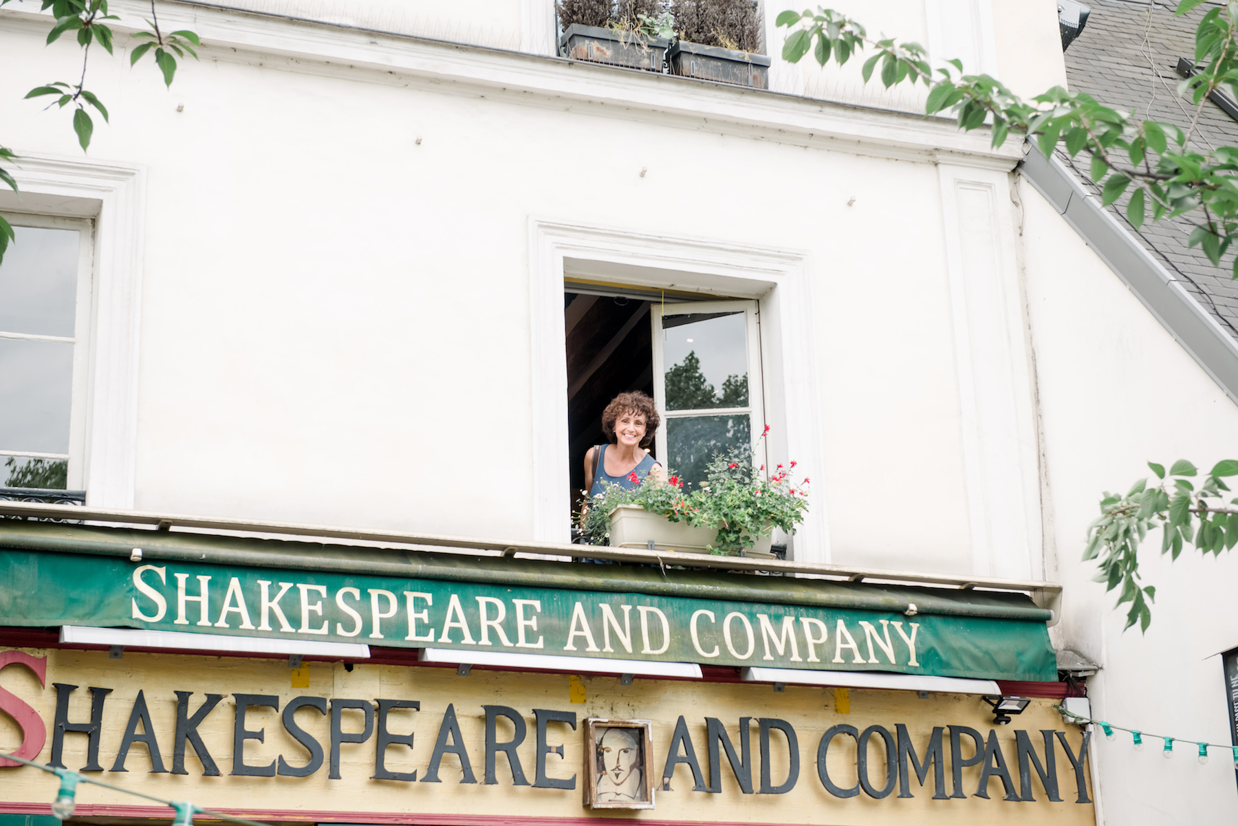 Dreama-Shakespeare and Company, Paris - https://dreamatolleperry.com
